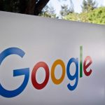 Google to launch phone that rivals Apple's iPhones