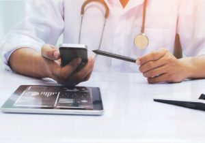 Developing electronic medical records systems with Blockchain integration