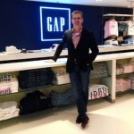 Gap Tailors Its Business to Chinese Market