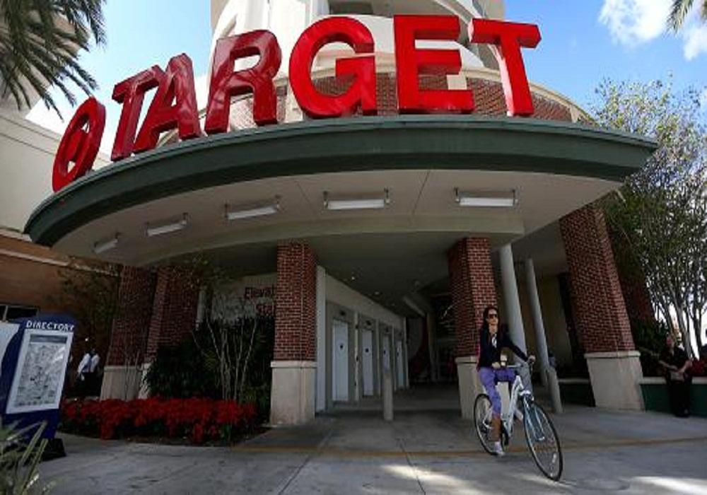 Target nabs Kroger exec to head groceries