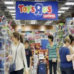 How Toys 'R' Us Collapsed So Quickly