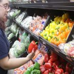 Walmart Invention Seeks to Drive Online Perishables Sales