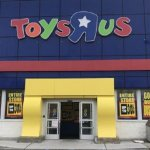Here's what it's like to shop at Toys R Us for the last time