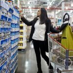 Consumer confidence rises above expectations in July