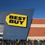 Best Buy shares fall despite earnings beat