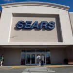 Sears CEO proposes plan to avoid bankruptcy, as options and cash run low