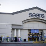 As Sears goes bankrupt, JC Penney, Walmart and others set to benefit