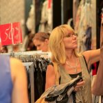 Retail boosted by fashion and online sales