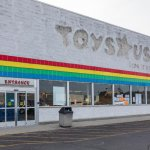"Toys ""R"" Us Name May Rise From The Dead, But Its Rivals Are Poised To Bury It Again"